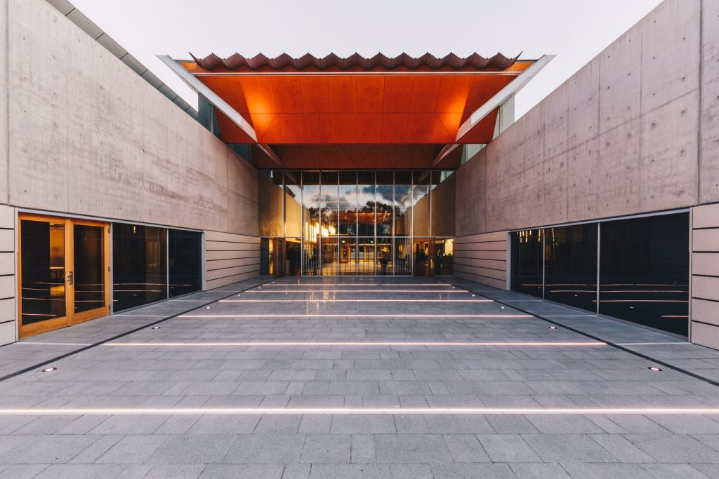 National Portrait Gallery Canberra – Supply and installed external paving.